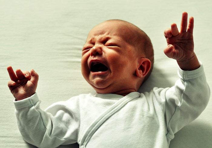 i bambini possono perdere peso dopo la nascita